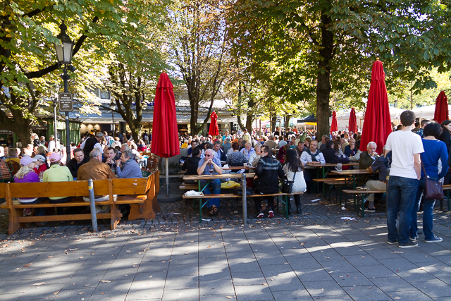 Beer garden at the Viktualienmarkt near Marienplatz