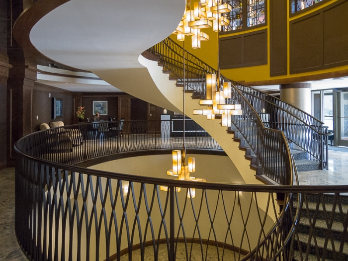 Main staircase and lobby.